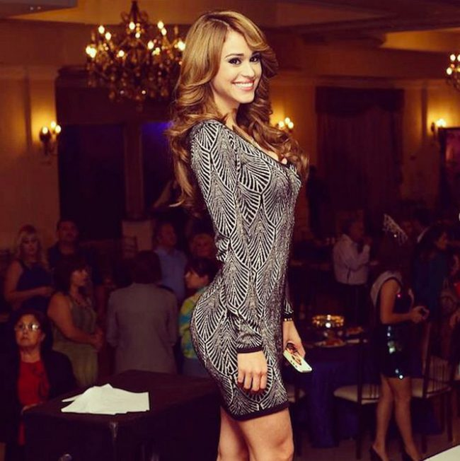 yanet_garcia_dress_9