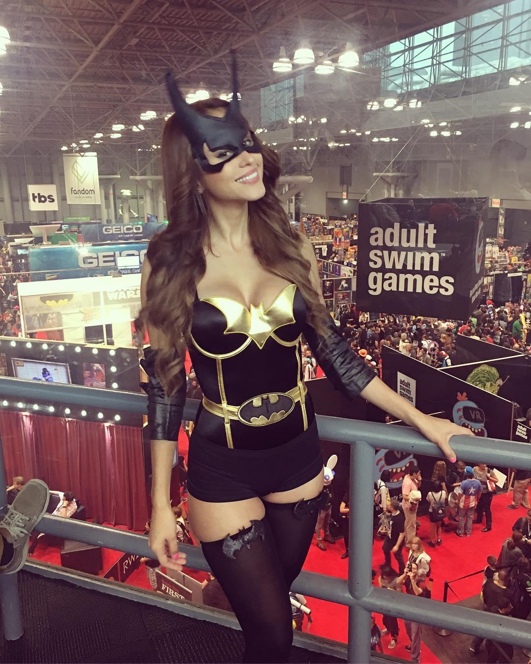 yanet garcia batgirl costume